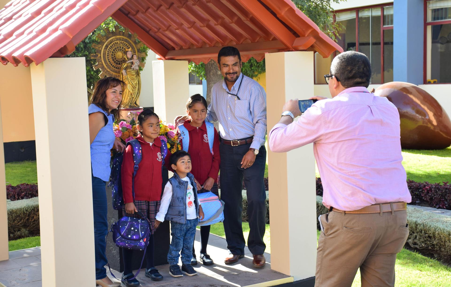 Bienvenida a nuestros alumnos